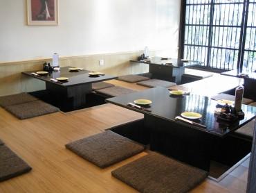 宽敞的大厅可容团体。