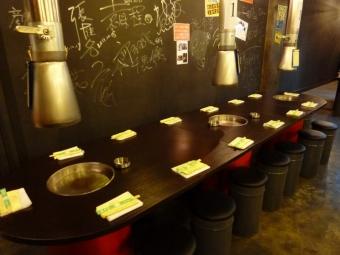 15名用テーブル席。
