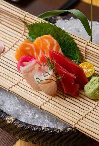 魚盛【うおもり】